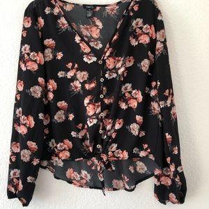 Rue 21 floral blouse. Size Medium